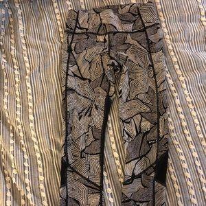 Patterned lululemon leggings